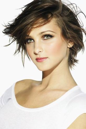 Kadın kısa saç modelleri 2013 makalesine geri dön