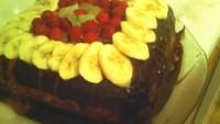 Çikolatalı Meyveli Yaş Pasta Tarifi