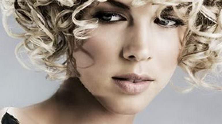 Farklı Perma Saç Modelleri