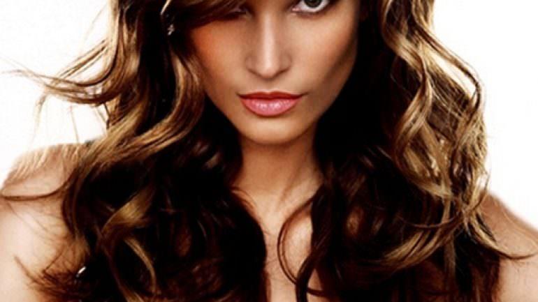 2015 Uzun Saç Modelleri Bayan