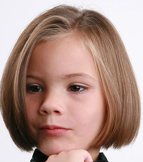Küt Kız Çocuk Saç Modelleri ve Yapılışları