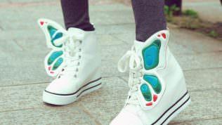 Dolgu Topuk Spor Ayakkabı Modelleri