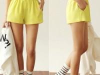 sarı bayan deniz şortu modelleri