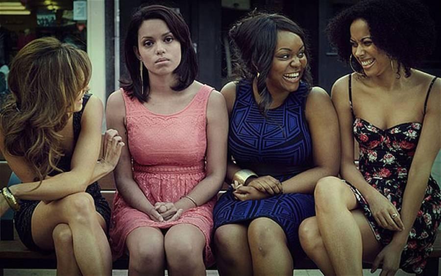 Kadınlar Bir Araya Geldiklerinde Ne Konuşurlar?