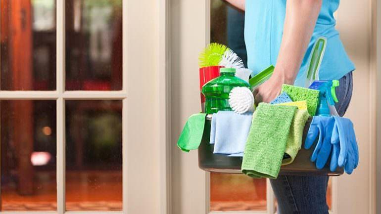 Temizlikçi Kadına Sigorta Nasıl Yapılır?
