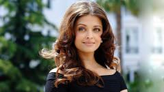 Hintli Kadınların Saç Uzatma Sırları