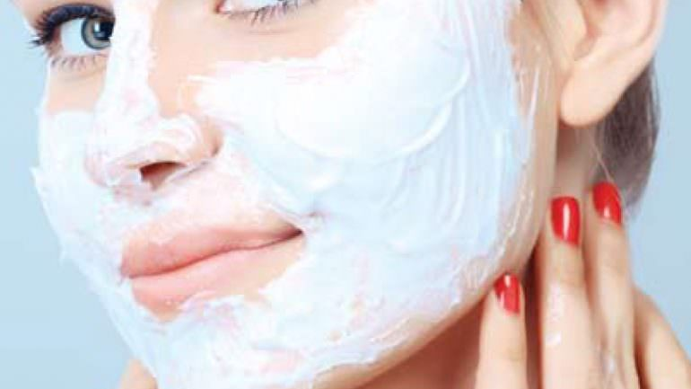Yoğurt Karbonat Maskesi